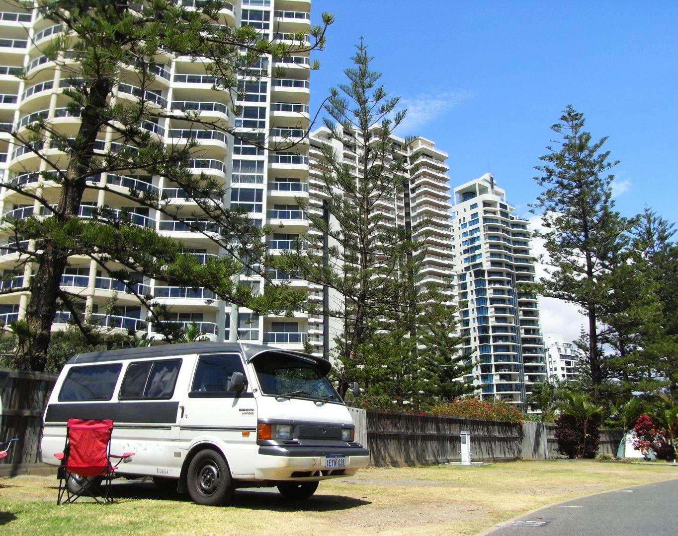 Campervan Main Beach Tourist Park